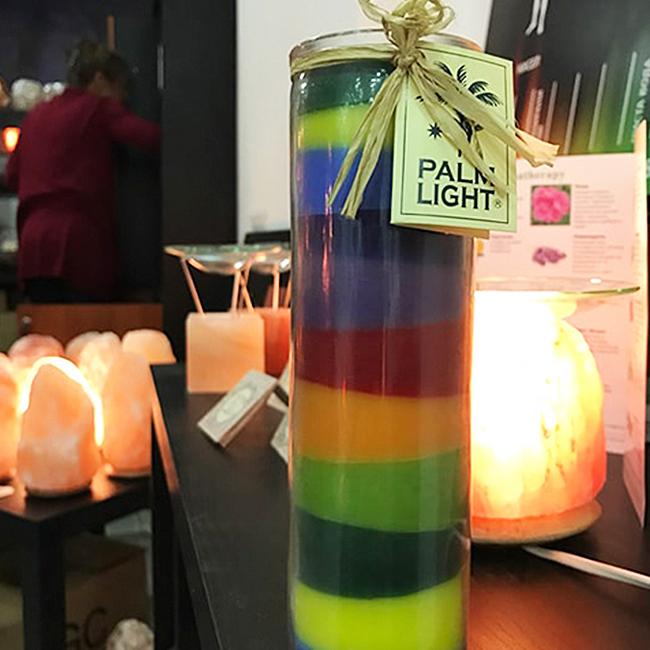 седемцветна-свещ