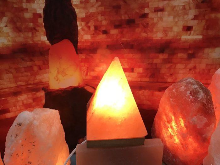 лампа-пирамида